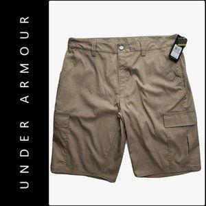 Under Armour Men Plaid Cargo Shorts Size 38 Nwt